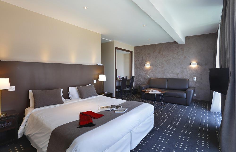 hotel royan 3 toiles h tel foncillon. Black Bedroom Furniture Sets. Home Design Ideas